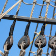 Vintage wooden boat pulley and ropes detail — ストック写真 #36836223