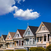 San Francisco Victorian houses in Alamo Square California — Zdjęcie stockowe
