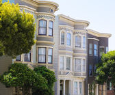 San Francisco Victorian houses in Pacific Heights California — Stock Photo
