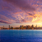San Francisco sunset skyline California bay water reflection — Stock Photo