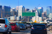 San Francisco city traffic in rush hour with downtown skyline — Foto de Stock