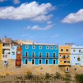 色彩缤纷的房子,在维拉约萨拉维拉西班牙语: 阿利坎特 — 图库照片