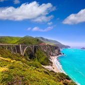 California Bixby bridge in Big Sur Monterey County in Route 1 — Stock Photo