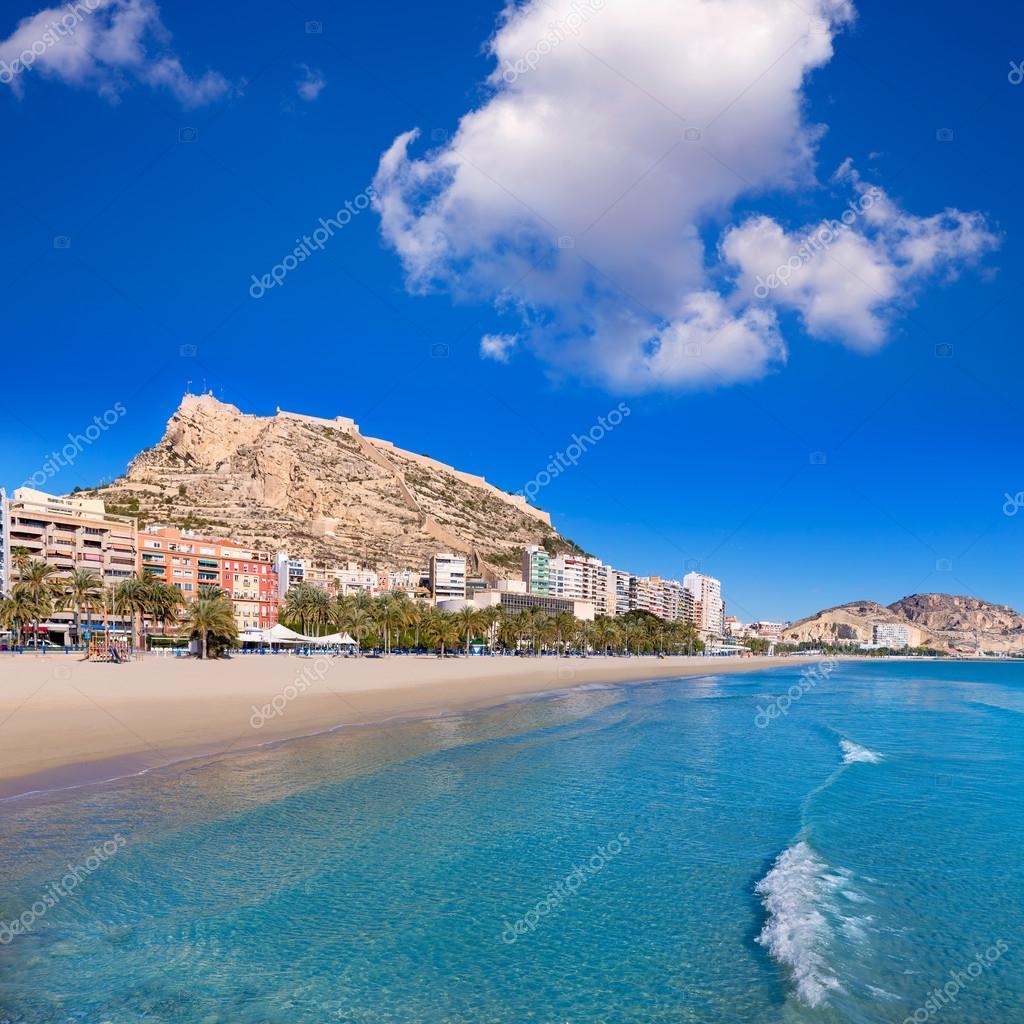 Alicante postiguet spiaggia e castello di santa barbara in spagna foto stock lunamarina - Stock uno alicante ...
