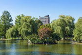 View of the Common park lake in Boston — Stock Photo