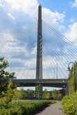 Ponte zakim de paul revere parque em boston — Foto Stock