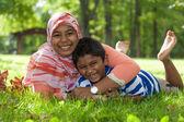 Portret indyjskiej brat i siostra gra — Zdjęcie stockowe
