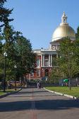 Frihet trail röda linjen passerar gemensamma park i boston — Stockfoto