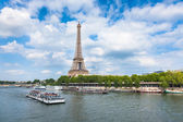 The Eiffel Tower and seine river in Paris, France — Stock Photo
