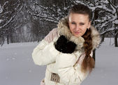 Girl in winter — Stockfoto