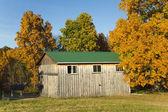 Herbst scheune — Stockfoto