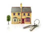 Model ev anahtarları ile — Stok fotoğraf