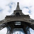 Iconic Eiffel Tower — Stock Photo