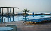 Vacation resort pool area — Stock Photo