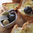 Olives and bread — Stock Photo #28857293