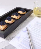 Caviar and salmon canape for closed buisness — Stock Photo