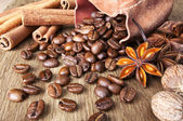 Coffee beans with spices — Stock Photo