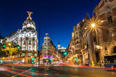 Gran via in madrid, spanien, europa. — Stockfoto