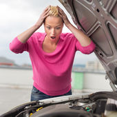 Stressed Young Woman with Car Defect. — Stock fotografie