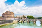 Sant Angelo Castle and Bridge in Rome, Italia. — Stock Photo