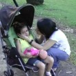 Mother comforting crying baby girl — Vídeo Stock
