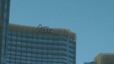 LAS VEGAS, CIRCA 2014: Aria Resort and Casino in Las Vegas on CIRCA 2014. It has an incorporation of technology in the exterior and interior design of the hotel for the reduction of energy consumption — Stock Video