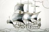 Tapices hechos de velero de hierro en forma de placa — Foto de Stock