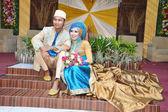 Indonesian bridal couples — Stockfoto