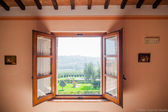 Window with view of the Tuscan — Stock Photo