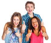 Tre unga tonåringar — Stockfoto