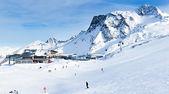 滑雪度假村齐勒河谷 hintertuxer 冰川。奥地利 — 图库照片
