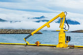 Balıkçılık vinç i̇zlanda town limanı. — Stok fotoğraf