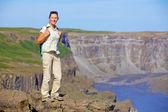 Walkinng mujer. islandia — Foto de Stock