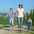 Happy family in Tuscan — Foto de Stock