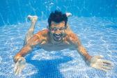 Hombre submarino — Foto de Stock