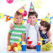 Kids with birthday cake — Foto de Stock