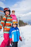 Kayak, kış, aile — Stok fotoğraf