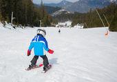 滑雪、 冬季、 家庭 — 图库照片