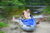 Family kayaking — Stockfoto