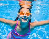 Onderwater meisje — Stockfoto