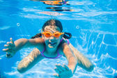 Underwater girl — Stock Photo