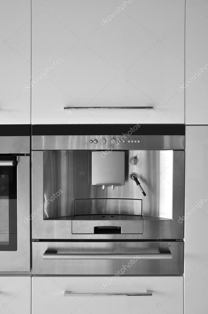 Mobili da cucina e attrezzature — Foto Stock © sserdarbasak #49504483