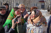 Young girls participate in contest on holiday of the Shrovetide — Stock Photo