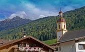 Le serles et un clocher de l'église — Photo