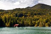 Balıkçı teknesinde, bavyera walchensee — Stok fotoğraf