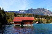 Fishhouse на Вальхензее в Альпах — Стоковое фото