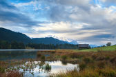 Morning on Geroldsee lake and Karwendel mountains — Stock Photo