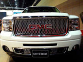 GMC Sierra Denali — Stock Photo