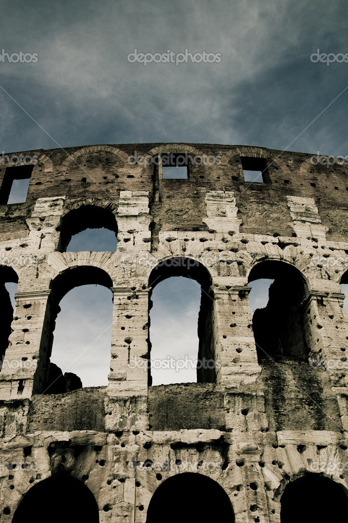 Photo shoot of the The Colosseum (The Coliseum) — Stock Photo #12072120