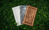 Tres puertas de madera del armario — Foto de Stock